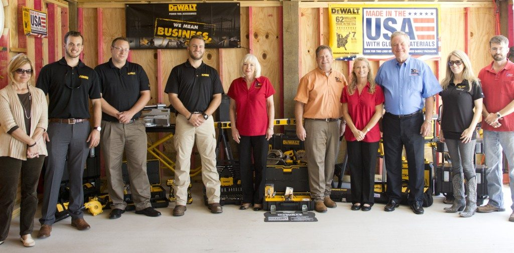dewalt group shot